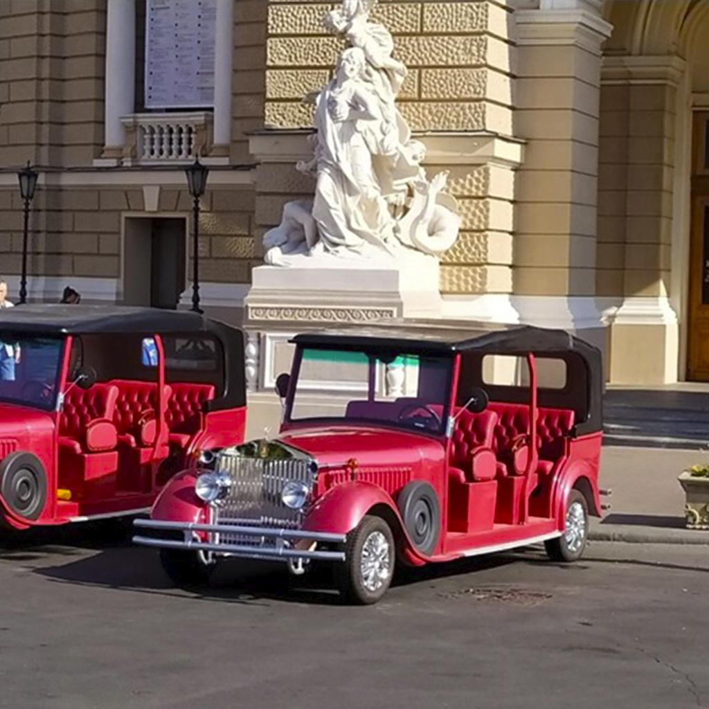 Годинна екскурсія по Одесі і відвідування Оперного театру